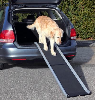 πτυσσομενη ραμπα αλουμινιου για αυτοκινητο σκυλου Trixie